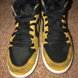 Boys Sneakers size 12